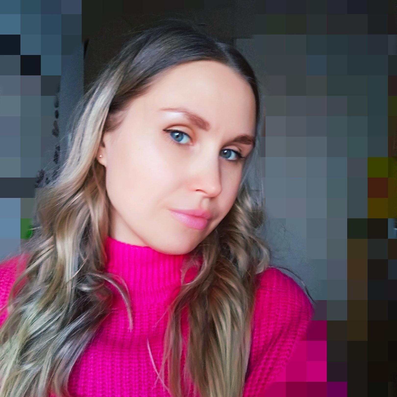 Аня Зудова